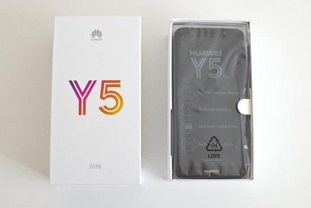 Huawei Y5 2018 dans sa boîte